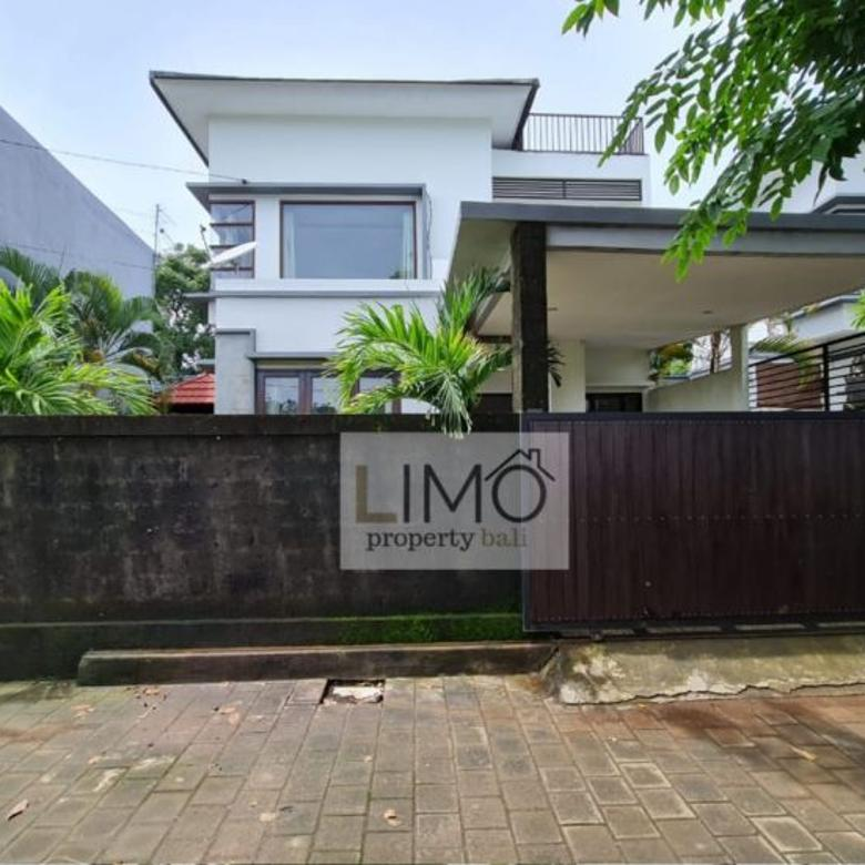 Rumah Minimalis di Jimbaran, Bali