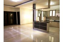 Luxury House. Jati Padang