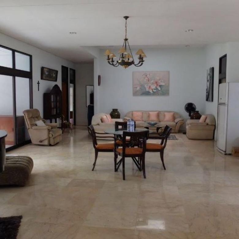DIJUAL RUMAH BIDARA RAYA, TOMANG 700m2 Rumah Asri, Jakarta Barat