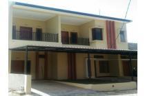 Rumah cluster siap huni hook 2,5 lantai di kota cimahi