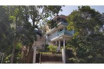 Rumah Mewah di Dago Bandung Utara