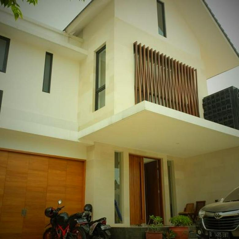 Rumah dekat Cipete Raya, Jakarta Selatan ~ Bangunan Baru