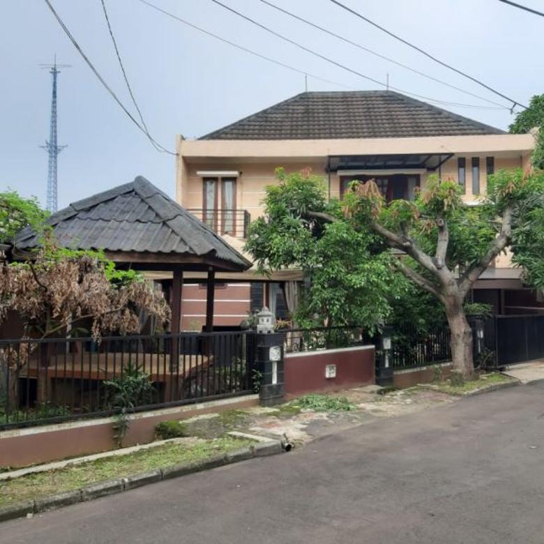 Dijual Cepat Rumah 2Lt Nyaman di Jl Pisok Bintaro Tangsel