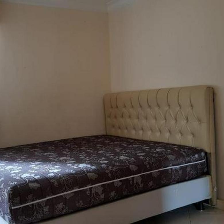 Apartemen Taman Anggrek 2BR Semi Furnished