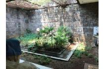 Rumah Menteng Lokasi Prime Jakarta Pusat