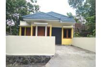 rumah konsep viila jogja di jl.wates km.6 yogyakarta dekat RS PKU Gamping