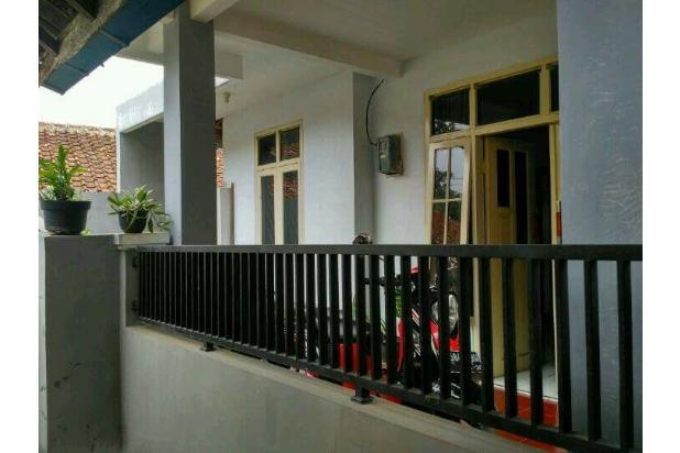Rumah Depan Jalan Raya Daerah Banjaran Ada Warung 15097135
