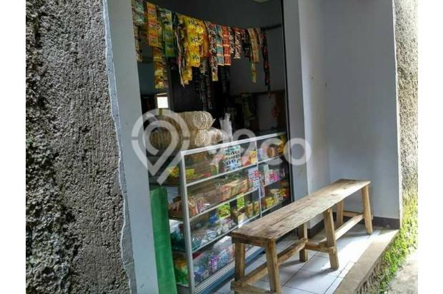 Rumah Depan Jalan Raya Daerah Banjaran Ada Warung 15097140