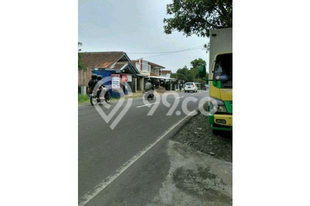 Rumah Depan Jalan Raya Daerah Banjaran Ada Warung 15097141