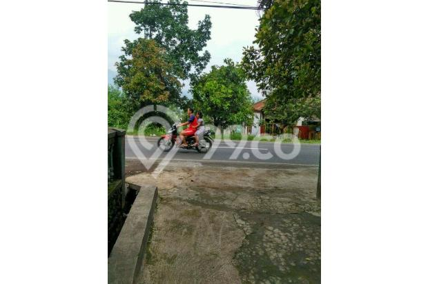 Rumah Depan Jalan Raya Daerah Banjaran Ada Warung 15097144