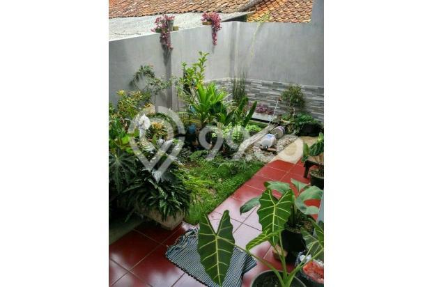Rumah Depan Jalan Raya Daerah Banjaran Ada Warung 15097145