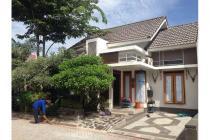 Rumah di Kompleks Mewah The Jalimbar Residence