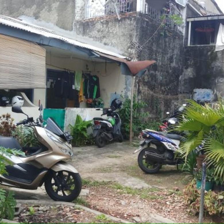 Tanah beserta Rumah Kontrakan di atasnya di Mampang Prapatan 1