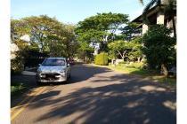 Rumah nyaman di jalan utama dalam cluster dekat pasar Citraland Surabaya