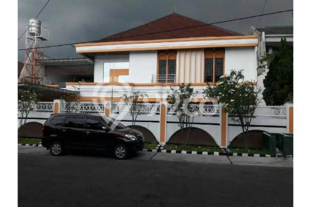 Rumah STRATEGIS, LANGKA, Row 4mobil di Kertajaya Indah Timur 10230615