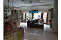 Rumah di bintaro Menteng Bintaro sektor 7 Bintaro lt 367 m ada kolam renang