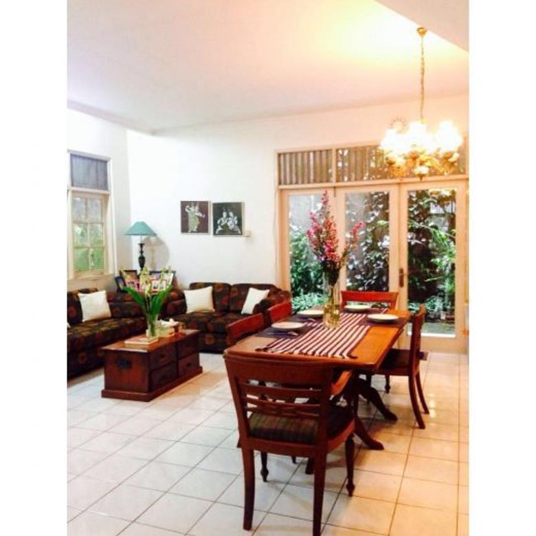 Dijual Cepat Rumah Strategis di Jalan Ciawi, Gunawarman, Kebayoran Baru