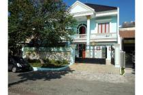 Rumah mewah di daerah Pakuwon City lokasi strategis