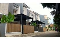 Rumah menawan siap huni di Jagakarsa@Jakarta selatan