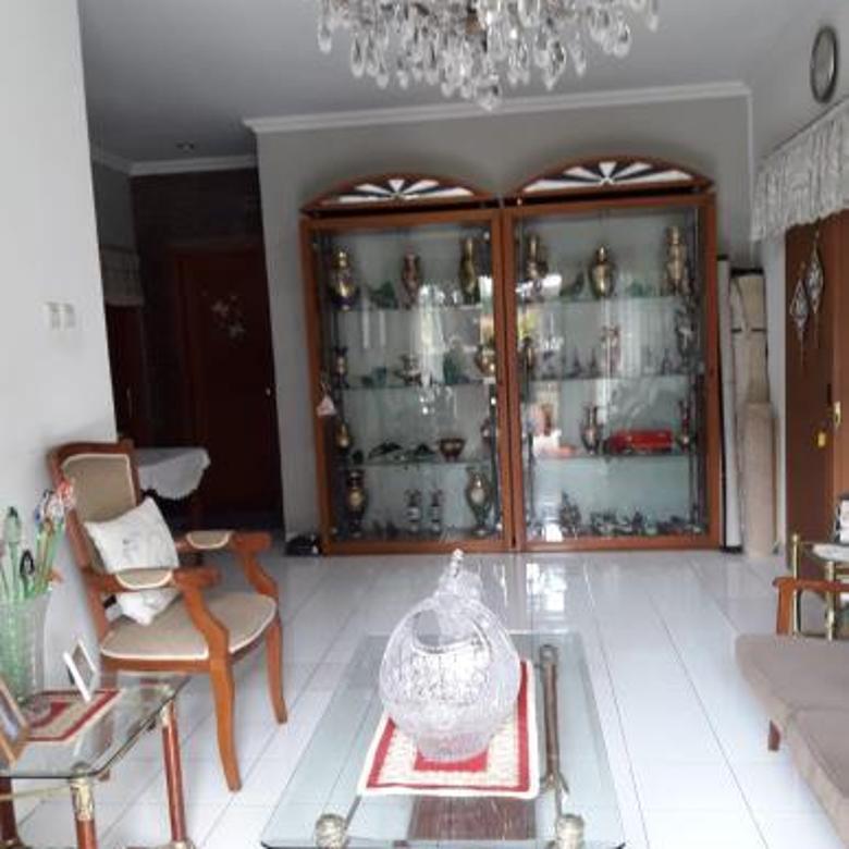 Rumah apik 1lt 3kt 2km fully furnished....60jt(cod Tin)