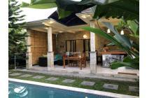 Villa Dengan Konsep Open Living Room Di Ubud