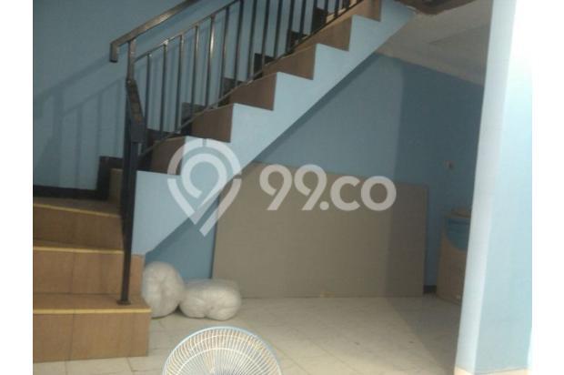 Rumah Minimalis Lantai 2 di Taman Cipayung 13244327