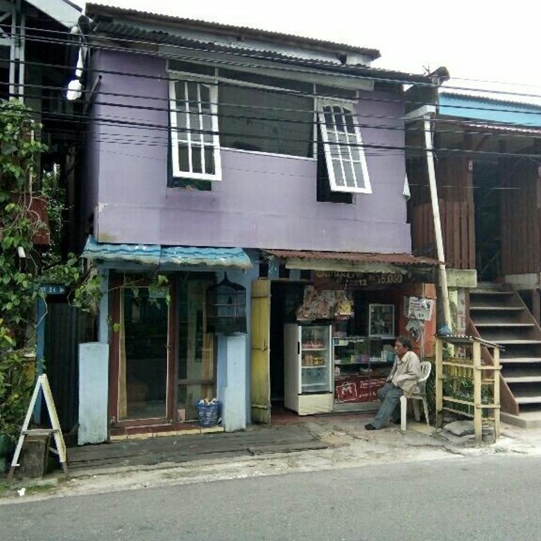 Rumah Untuk Usaha, Pinggir Jalan Pasar Baru, Balikpapan
