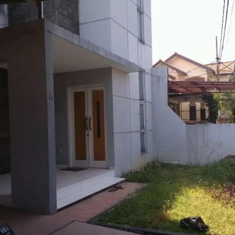 Dijual Rumah Nyaman di Suryalaya Buah Batu Bandung