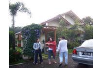 Disewakan Villa Asri & Terawat (dg PRIVATE POOL)  di Ciawi  BGR (TDK MACET)