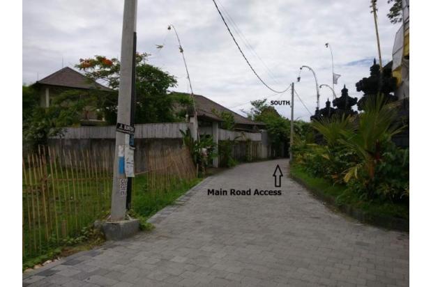 Dijual Tanah Dikawasan Lingkungan Villa Jalan Pantai Brawa Canggu 17995741