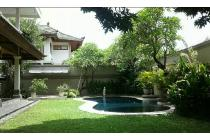 Dijual Rumah di Raya puputan Renon dkt sanur Denpasar