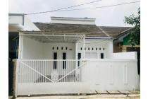 Rumah Baru di Rawalumbu Bekasi, Pinggir jalan raya.