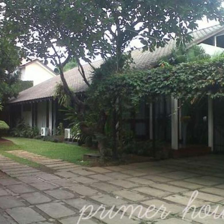 Dijual Cepat Rumah Asri di Kemang, Jakarta Selatan AG365