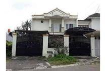 Dijual Rumah Nyaman Strategis di Jalan Penyesuaian Tomang 1 Jakbar