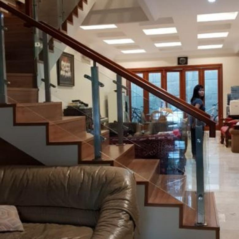 Rumah Dijual Jl Sanjaya Kebayoran Baru