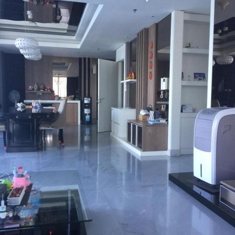Dijual Apartemen Regatta Pluit Uk 243 m2-3+1 Bedrooms Furnish