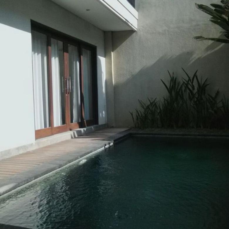 Villa CIAMIIK 2Lantai Seminyak Kuta Bali Bangunan Mantaap
