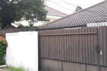 Rumah Layak Huni di Jalan Gaharu, Cilandak, Private Pool, SHM, LT 1000 m2