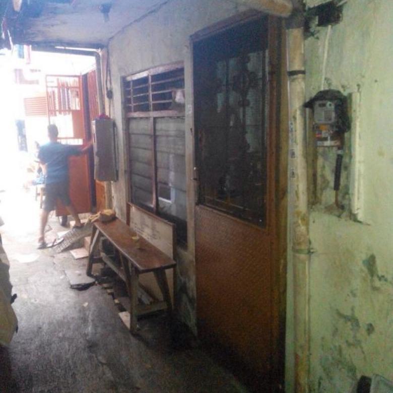 Rumah Murah Dalam Gang Mht Di Jembatan Lima Jakarta Barat