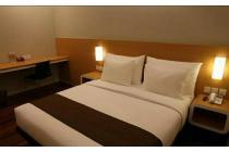 Hotel di jln utama Kuta Raya