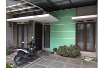 Rumah 2,5 Lantai Akses Tol Buahbatu Ciganitri Dekat Transmart Buahbatu