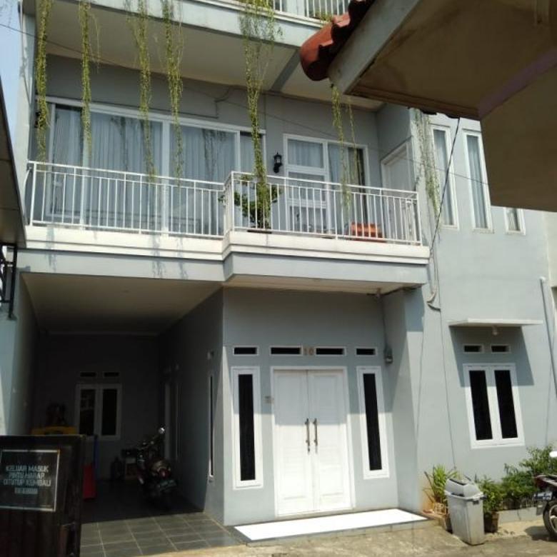 Rumah di Pancoran Mas, 3Lt, Fully Furnish dlm Cluster