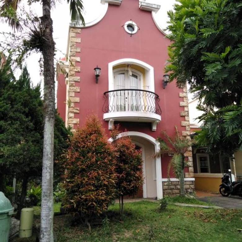 Rumah Design Klasik Di Komplek Elite Gegerkalong Siap Huni