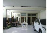 Showroom strategis di jl. Sriwijaya Semarang