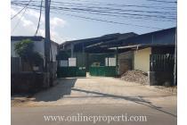 Dijual Tanah dan Bangunan di Jalan Raya Utama Kotamadya Bandung P0918