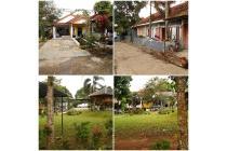 Dijual, Area Sawangan Depok,Rumah Dengan Kontrakan Dan Pekarangan Luas