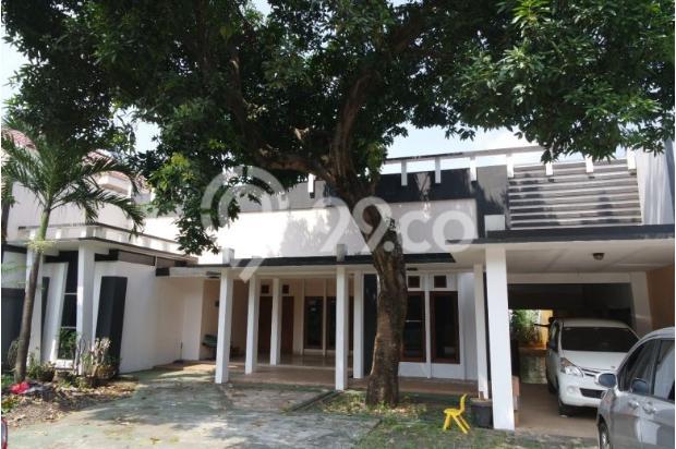 Dijual rumah dengan tanah dan parkiran luas di Pejaten 11926571