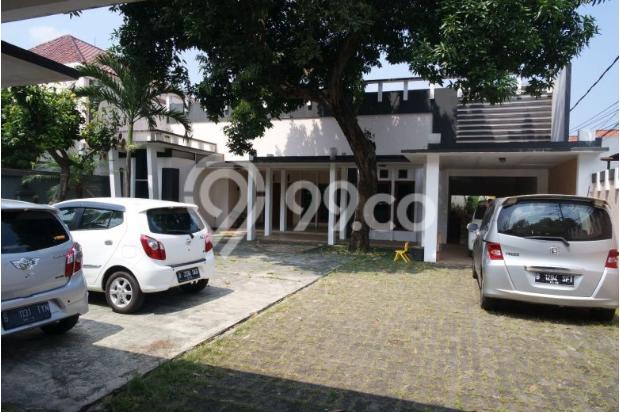 Dijual rumah dengan tanah dan parkiran luas di Pejaten 11926575