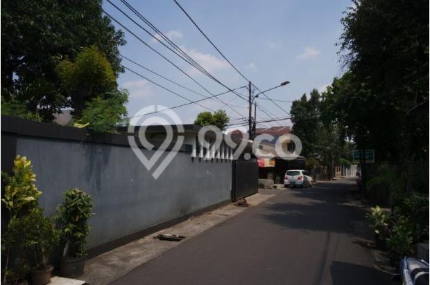 Dijual rumah dengan tanah dan parkiran luas di Pejaten 11926609