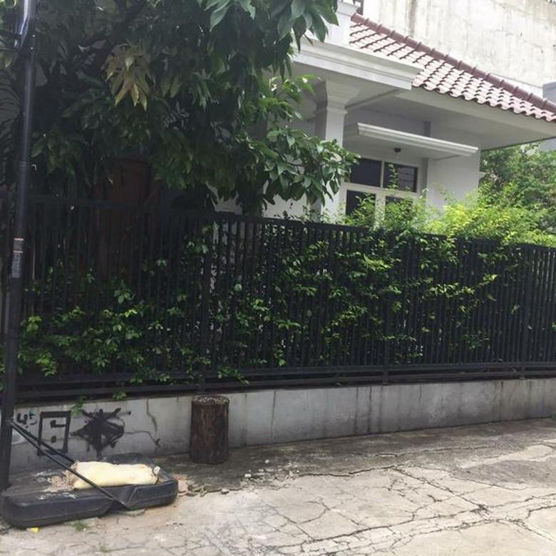 Rumah Cantik LT 295m2 dihook Jl. Balikpapan Jakarta Pusat